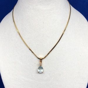 Vintage Aquamarine / Diamond Necklace.      2NJ5